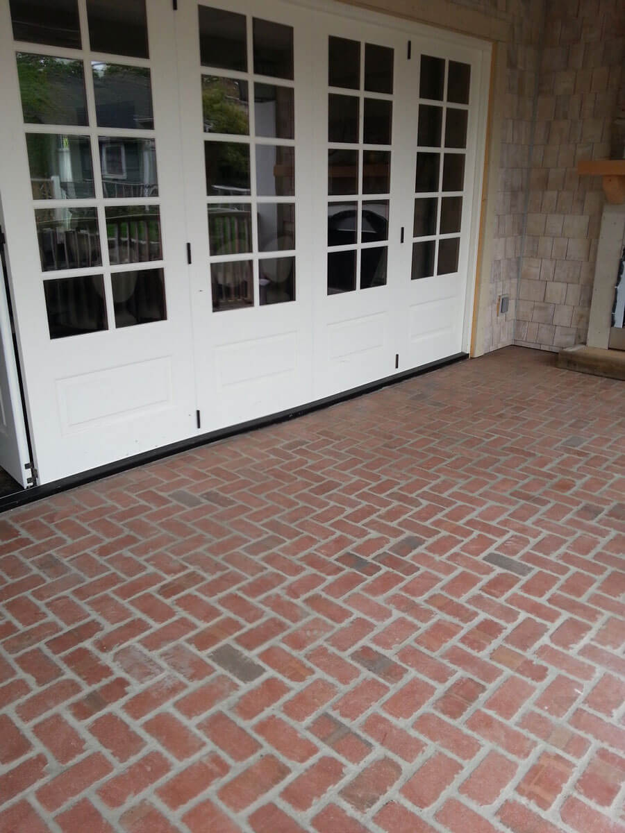 Thin brick floor tile tumbled brick pavers tumbled thin brick floor dailygadgetfo Gallery