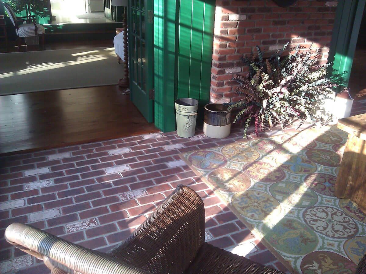 Thin brick floor tile tumbled brick pavers tumbled thin brick fireplace dailygadgetfo Choice Image