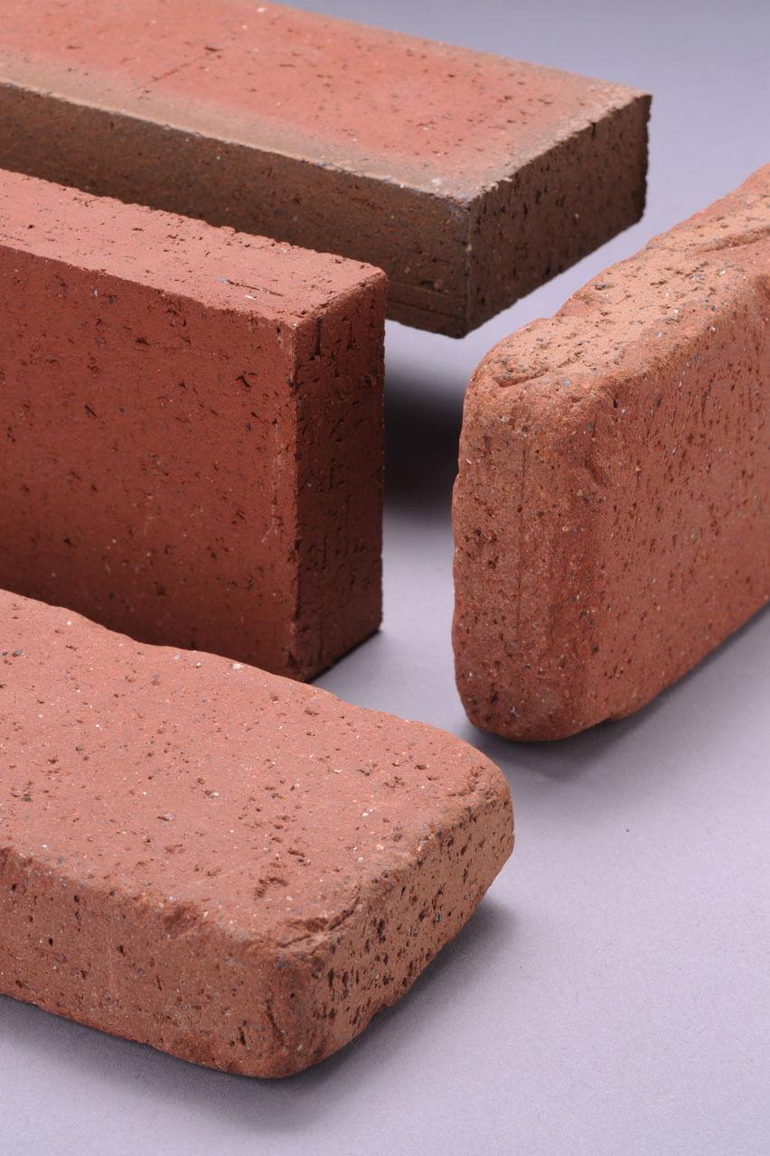 Tumbled brick vs clay thin brick